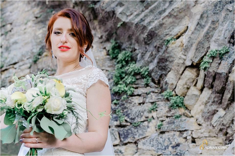 Mireasa la sesiune foto nunta Iasi.