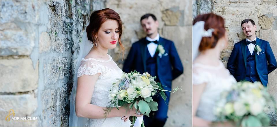 Mireasa si mirele participa la sedinta foto din ziua nuntii, la Iasi.