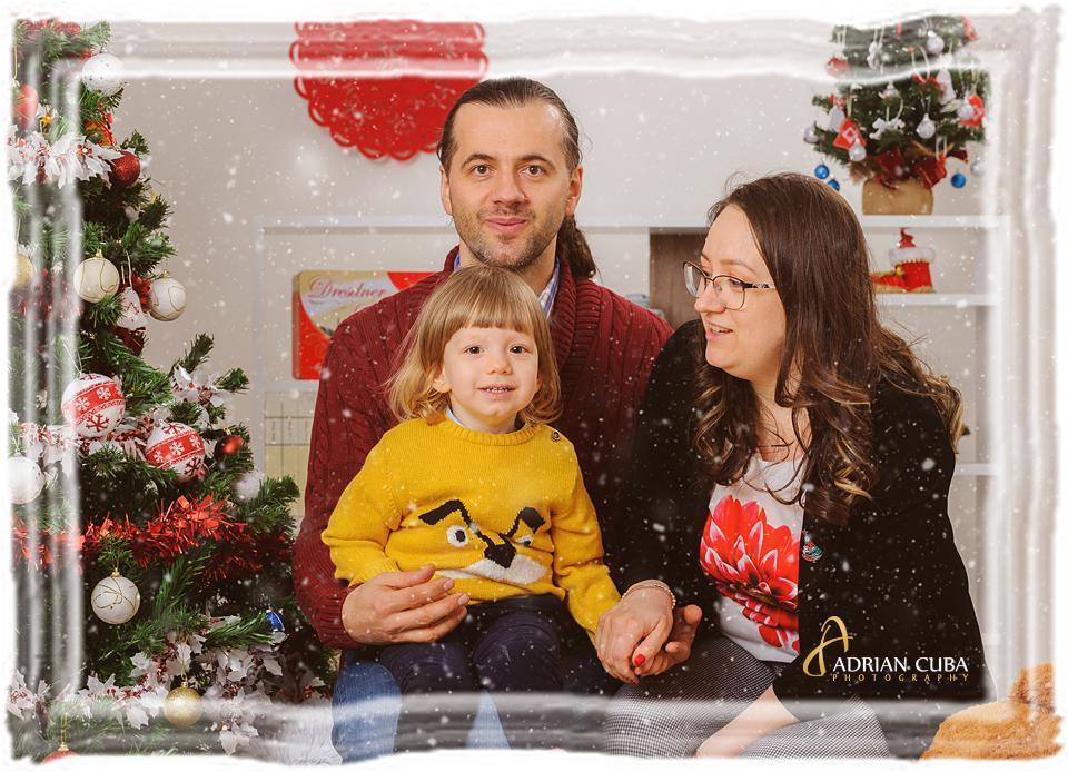 Parinti cu copii la sedinta foto familie in studio Iasi