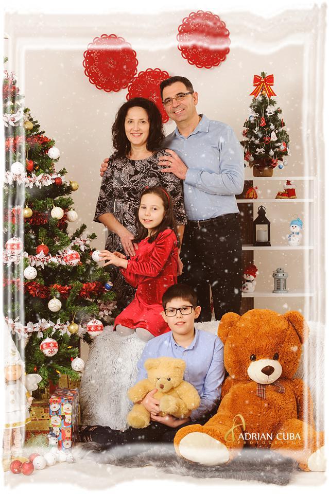 Sedinta foto de familie de Craciun in studio foto Iasi