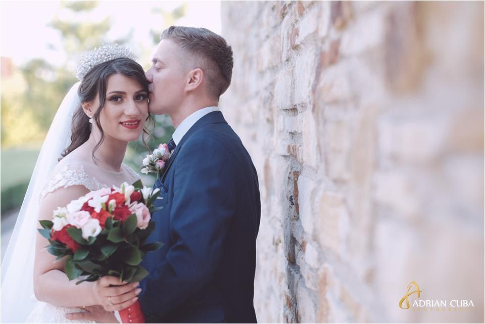 Miri la sesiunea foto de nunta.