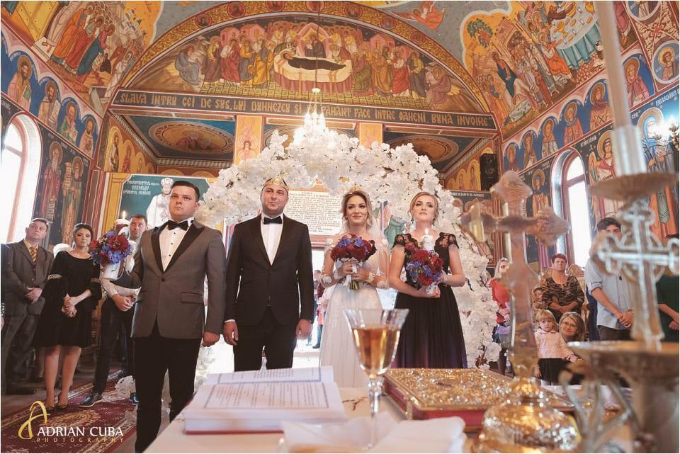fotografie nunta la cununie religioasa biserica Barlad