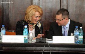 Adrian-Cuba-primul-ministru-Mihai-Razvan-Ungureanu-Iasi-10.jpg
