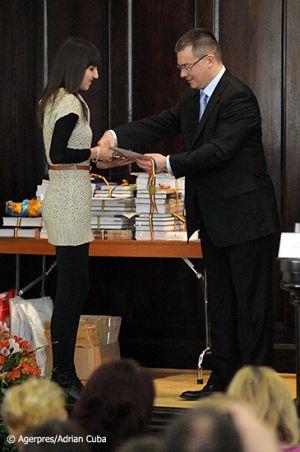 Adrian-Cuba-primul-ministru-Mihai-Razvan-Ungureanu-Iasi-13.jpg