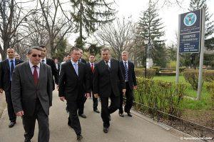 Adrian-Cuba-primul-ministru-Mihai-Razvan-Ungureanu-Iasi-19.jpg