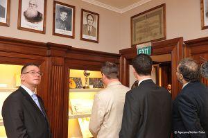 Adrian-Cuba-primul-ministru-Mihai-Razvan-Ungureanu-Iasi-23.jpg