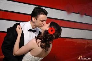 Adrian-Cuba-foto-nunta-trash-love-dress-Iasi-Ioana-Bogdan-16.jpg